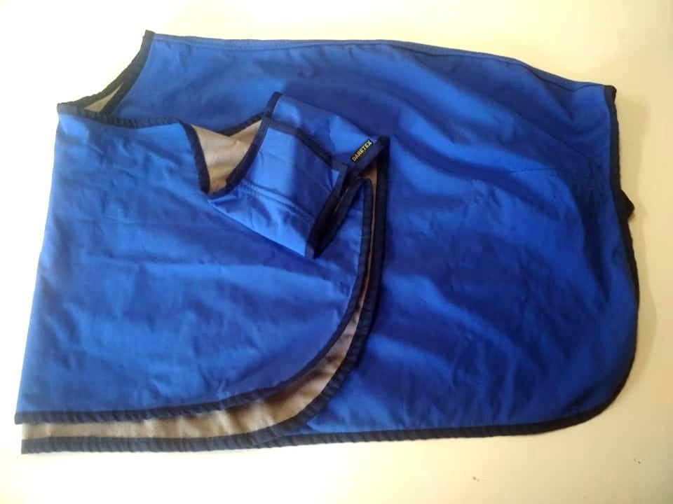 Bederní deka nepromokavá, modrá v.125, výprodej Daretex