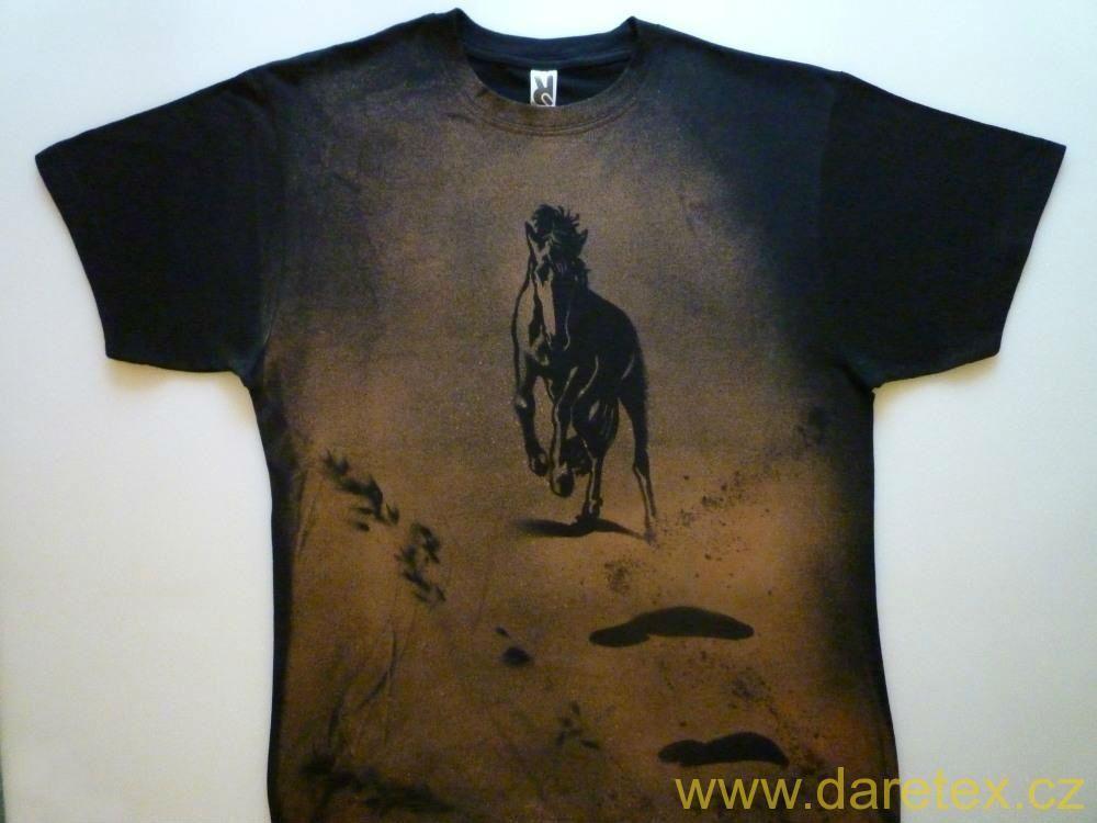 Tričko s koněm, černé - XL Daretex